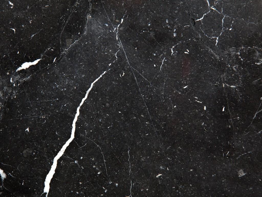 Matériau pour tables basses rondes en marbre