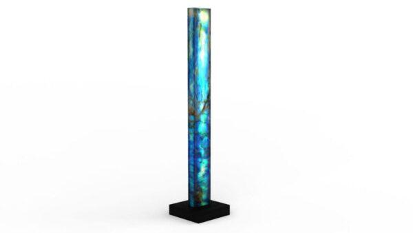 Lampe sculpturale en onyx bleu et or