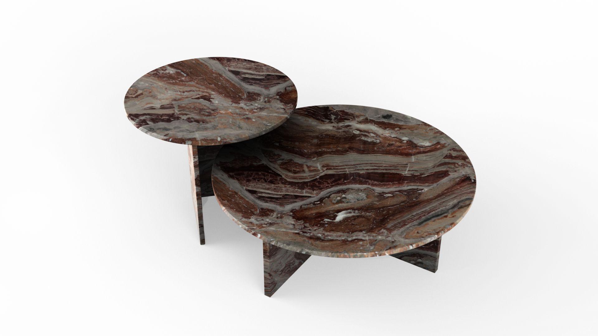Le retour du mobilier en marbre avec des tables gigognes