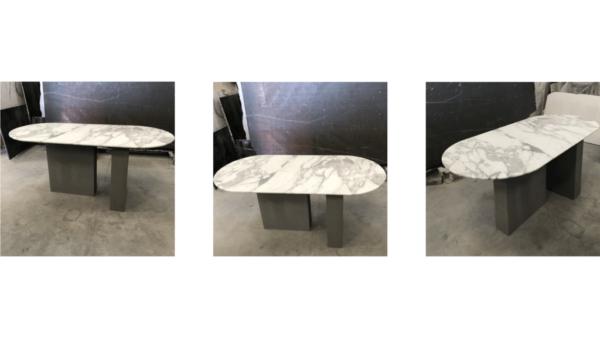 Table à manger de forme oblongue en marbre blanc